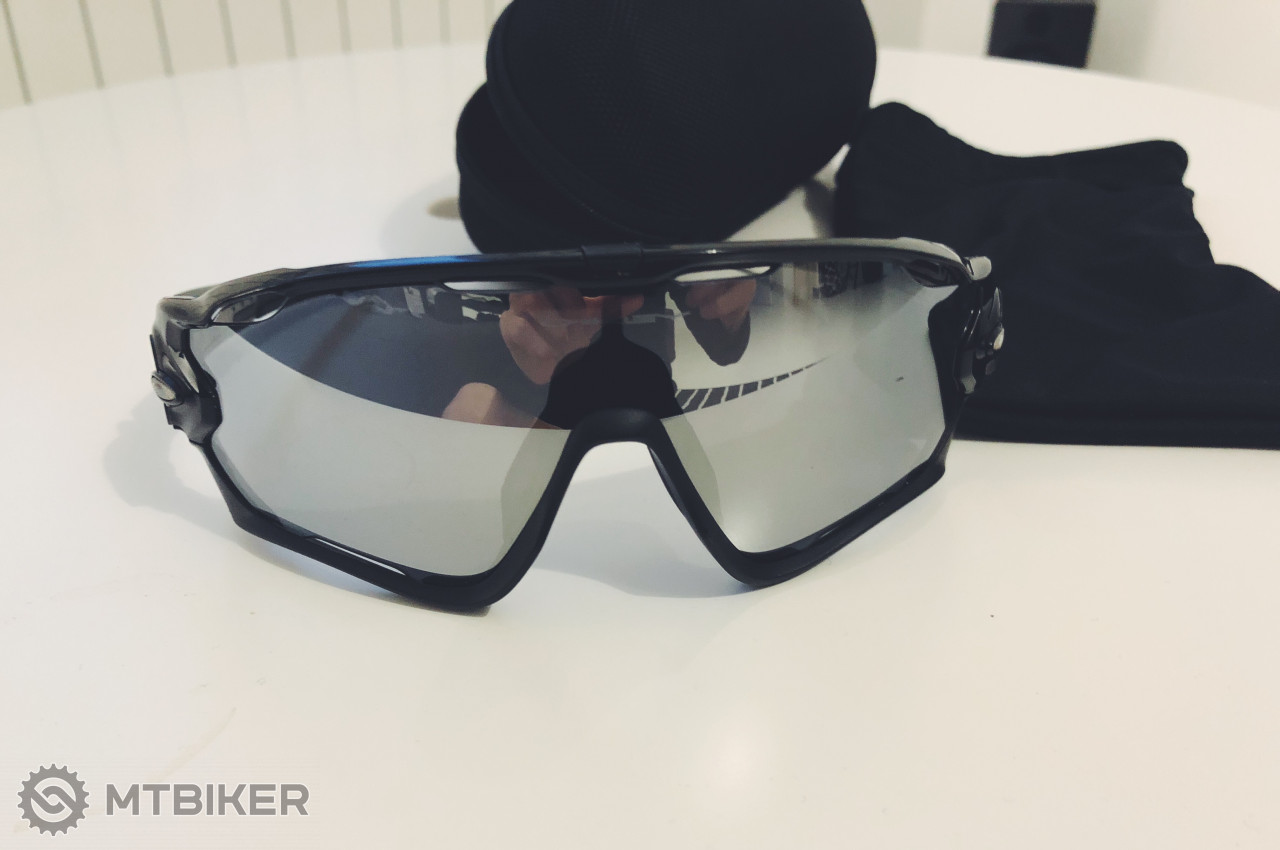 Oakley Jawbreaker Black mirror - Príslušenstvo - Okuliare - Bazár MTBIKER 52a19d1430e