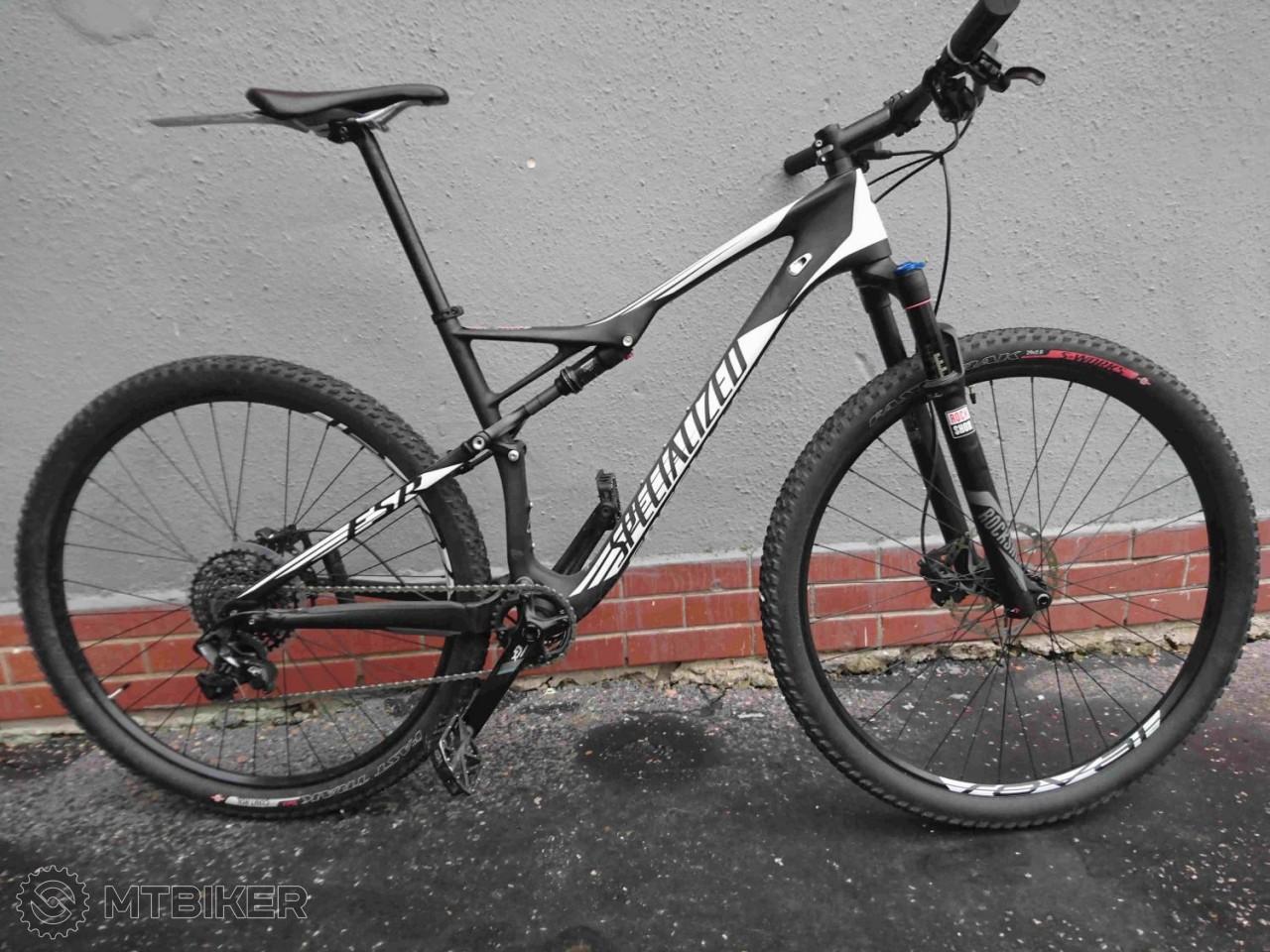 f321aae6f0a6b Specialized Epic Comp Carbon 29 World Cup - Bicykle - Celoodpružené - Bazár  MTBIKER
