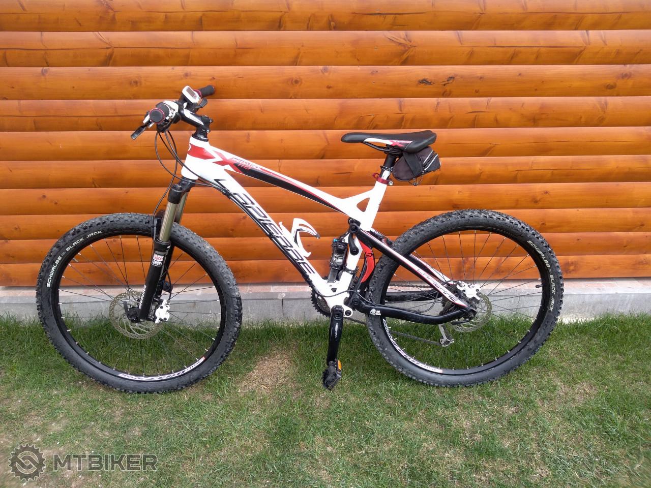 c8ec9403ad712 Celoodpružený Horský Bike V Top Stave - Bicykle - Celoodpružené - Bazár  MTBIKER