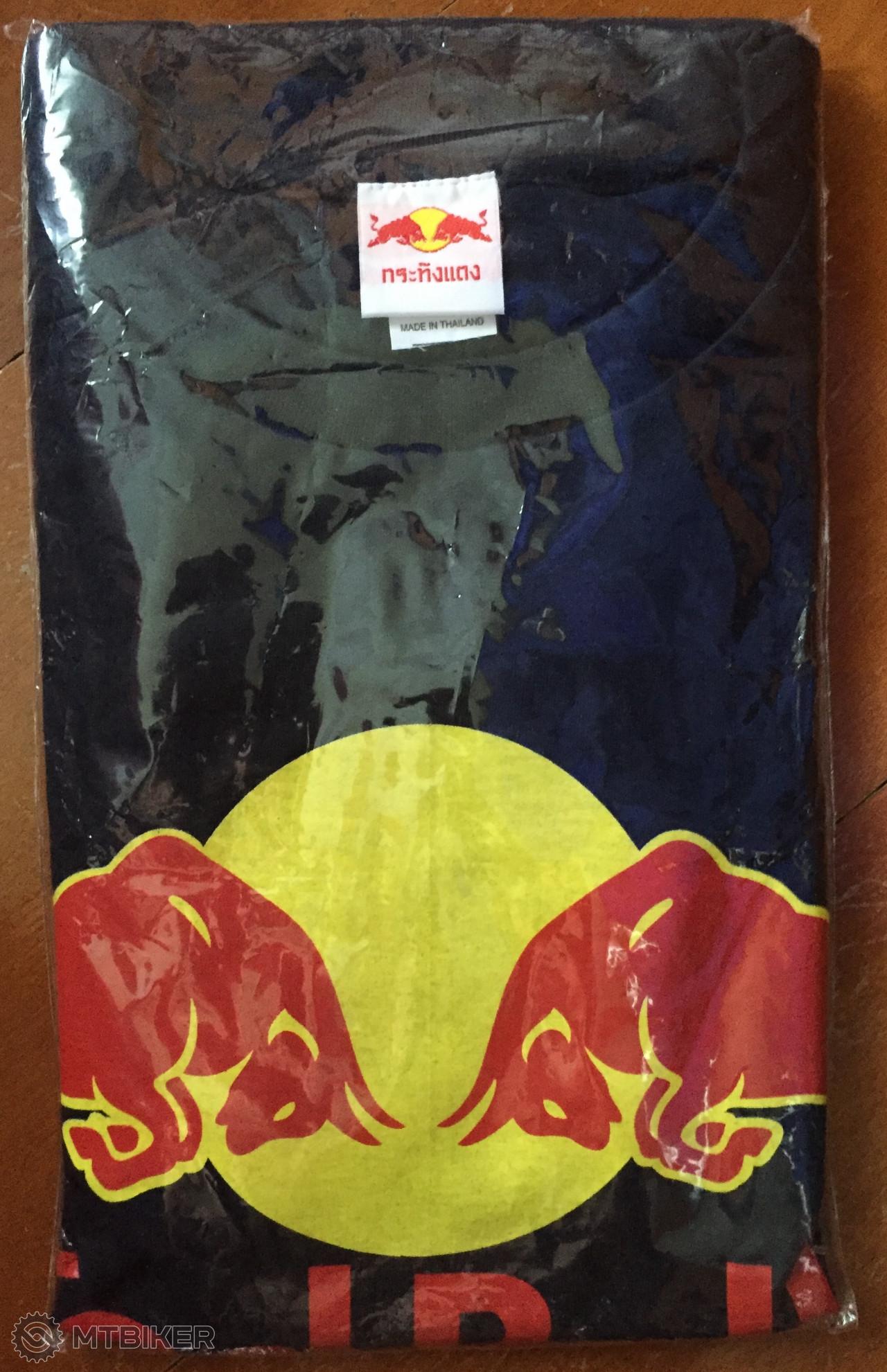 5908b731c774 Predám úplne Nové Tričko Red Bull - Príslušenstvo - Oblečenie a batohy -  Bazár MTBIKER