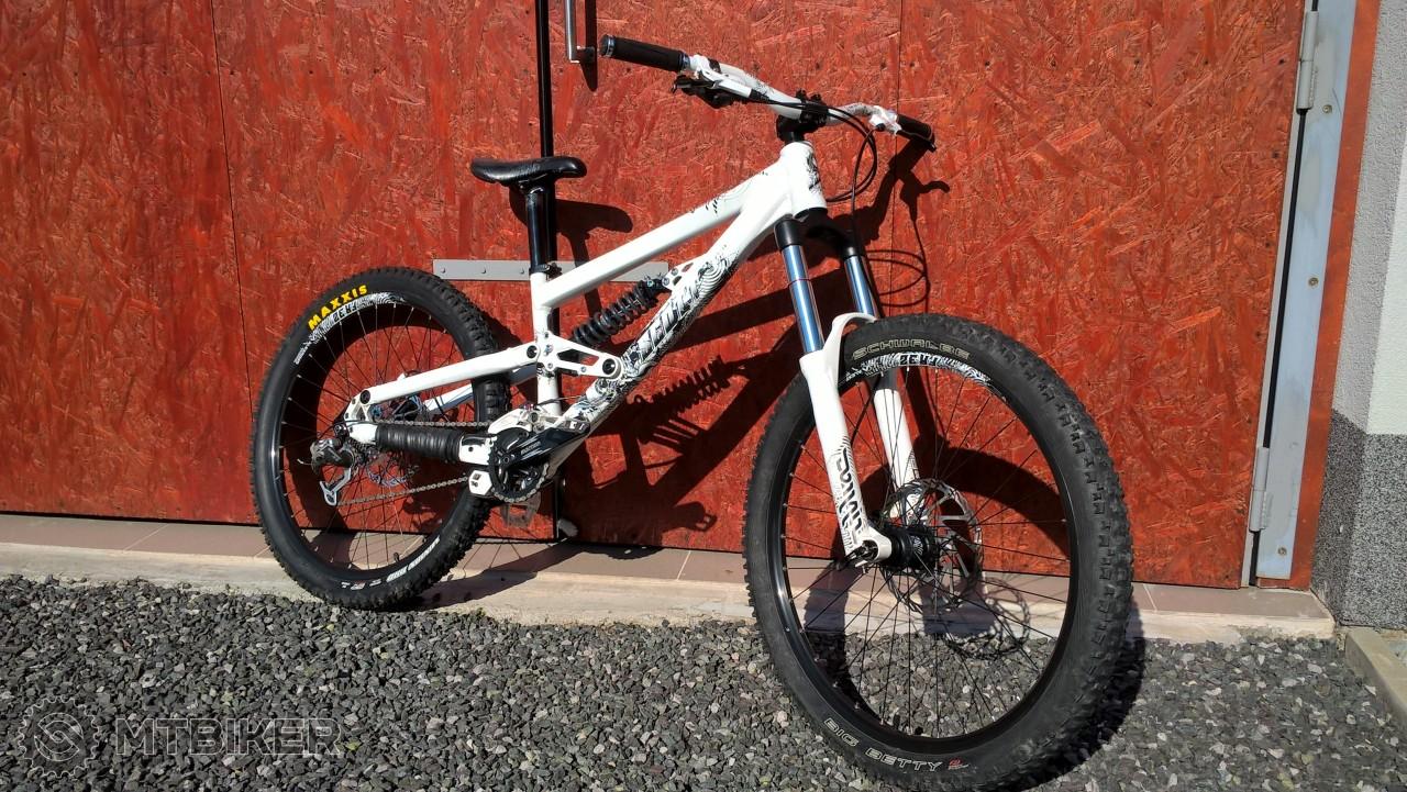 6bf72f8a2 Scott Voltage Fr 30 2011 - Bicykle - Celoodpružené - Bazár MTBIKER