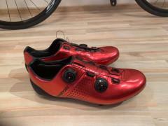 Cyklisticke Tretry Van Rysel - červené 46