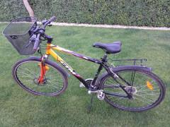 "Predam Ctm Bora Cross 19""ram A 28""kolesa."