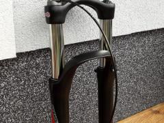 Vidlica Xcm34 Rl 27.5+,  29´´ 130mmtaper 15x110