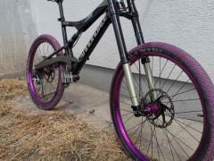 Rozpredám Custom Bicykel Cannondale