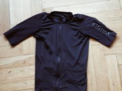d2fd680542c9 Príslušenstvo - Oblečenie a batohy - Bazár MTBIKER