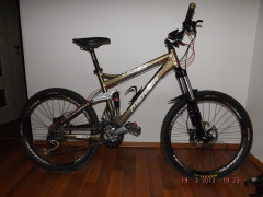 """Merida One-five-0 800 Trail 150 Series,velkost L 19"""" Gold"""