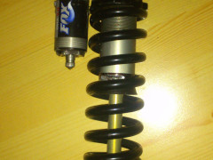 Predavam Fox Dhx 4 Pro Pedal 222mm Plus Pruzina 350 Fox čo Tam Bola Original
