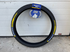"""Michelin Dh34 Racing Line Mtb Wire Bead Tire - 26x2.40"""""""