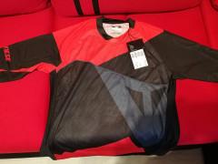 Predám 3/4 Dres Dainese Trailtec, čierno-červený, Veľkosť L