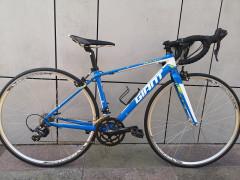 Giant Defy Cestny Bicykel