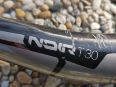 Karbónové Riaditká Truvativ Noir T30