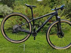 """Juniorský Xc Bicykel Equinox 15"""" (karbónový Rám)"""
