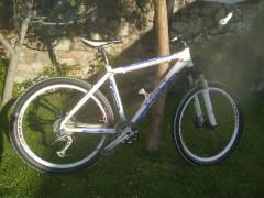 Predam Kvalitny Horsky Bicykel
