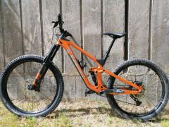 Trek Slash 9.7 2021  Orange/carbon