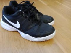 Tenisky/halovky Nike Veľkosť 39