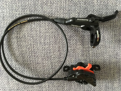 4-piestove Shimano Br-mt 520 + Platne S Chladicmi + Kotuce