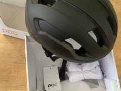 Predám NovÚ Helmu Poc-omne Air Spin (s/50-56)
