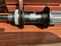 Shimano Zee Fh-m640 Novy + Pevná Os