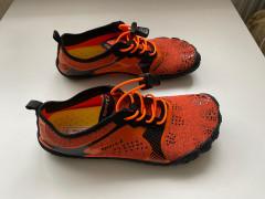 Nové Barefooty 36