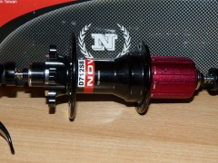 Zadný Náboj Novatec D712sb - 32-dierový, čierny