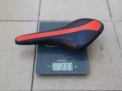 Predám Sedlo  Fi´zi:k Wing Flex Red/black