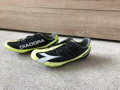 Diadora Vortex Pro 42,5