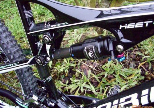 fotka prevzata z http://www.vttpicard.com/t9033-haibike-heet-sl-2011
