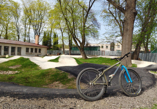 RAVO Arsenal (pumptrack Nováky)