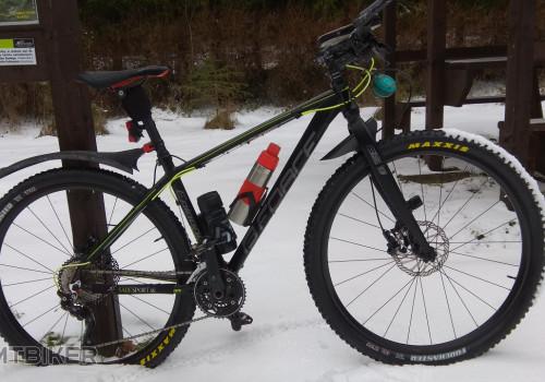 Black v zime