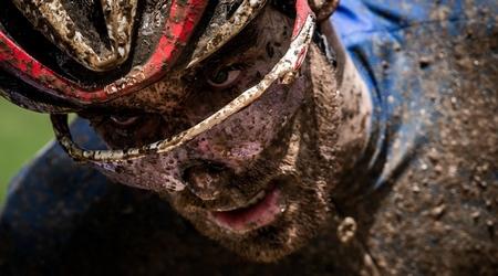 Zaujímavosti z cyklistiky – blatistý svetový pohár, Giro v plnom prúde a iné