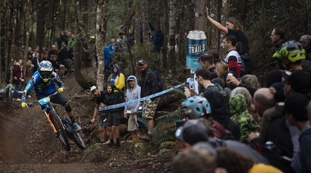Enduro World Series pokračovalo druhým kolom v Tasmánii