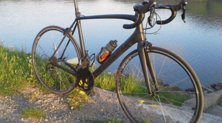 Test: Cestný bicykel Specialized Tarmac Elite 2015