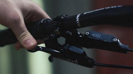 RockShox Reverb 1x Remote – nová kapitola voblasti ergonómie ovládania teleskopickej sedlovky