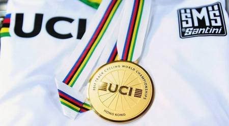 UCI kolekcia SMS Santini – nielen originálny dres majstra sveta