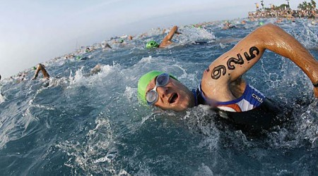 Ironman: víťazstvá Alexandra a Wellingtonovej