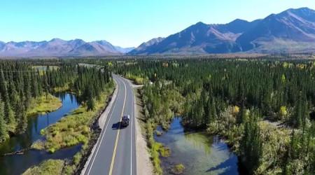 Video: Čo si tak ísť poriadne zajazdiť na Aljašku?