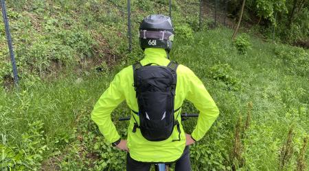 Test: CamelBak Chase Protector Vest - batoh a chránič v jednom