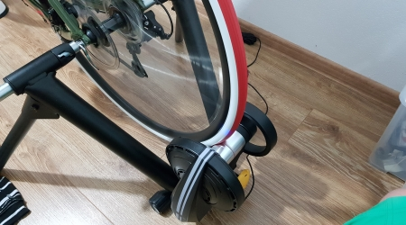 Test: CycleOps M2 Smart alebo aké to je bicyklovať vo virtuálnom svete