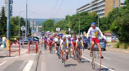 Cyklotúru Na bicykli deťom podporilo už približne 1 200 ľudí