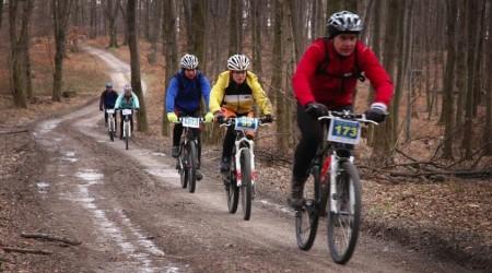 Športová bunda, skvelý partner cyklistu