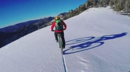 Ďalšie veľmi vydarené bikerské video a nie len o jazdení na snehu