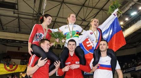 Fotogaléria: Slovenská reprezentácia v sálovej cyklistike a Nicole Frýbortová bronzová