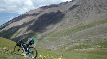 Reportáž: Jan Kopka - extrémne preteky okolo Kirgizstanu