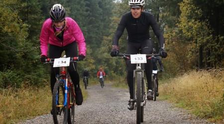 Jesenné doplnky cyklistického šatníka