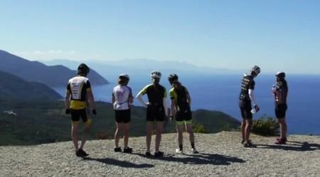 Po Korzike s cestným bicyklom