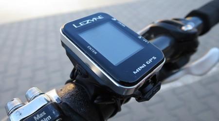 Test: Lezyne Mini GPS - minimalistický a odolný tachometer