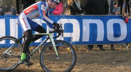 Van Aert obhájil titul v elitnej kategórii majstra sveta v cyklokrose, náš Haring skončil na 28. mieste