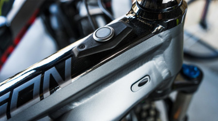 Video: Ebike Tygon 50 Black 27.5' - schopný univerzál