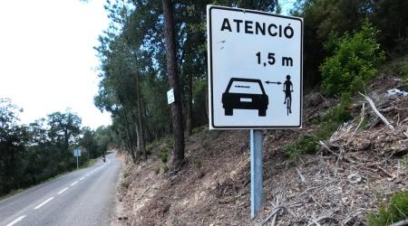 Nebezpečie hroziace cyklistovi v premávke - ako mu predchádzať